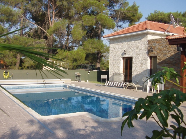 Bungalow in Souni-Limassol