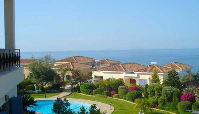 Cyprus Property Rises 2016