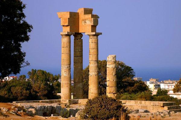 Apollo temple Monte Smith