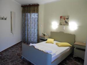 Hotel Kato Stalos - Bedroom